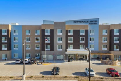 Exterior | TownePlace Suites by Marriott Hays