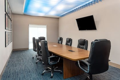 Meeting Facility | Holiday Inn Express & Suites St. Louis - Chesterfield