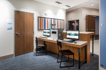 Business Center | Holiday Inn Express & Suites St. Louis - Chesterfield
