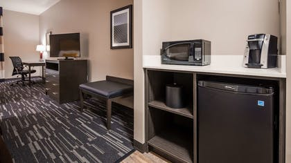 Room Amenity   Best Western Plus Cranberry-Pittsburgh North
