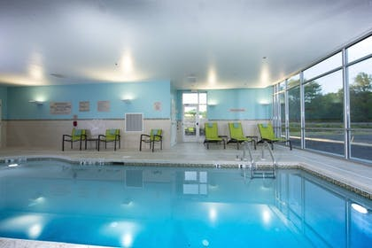 Property Amenity | SpringHill Suites by Marriott Newark Downtown