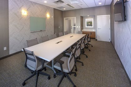 Meeting Facility | SpringHill Suites by Marriott Newark Downtown
