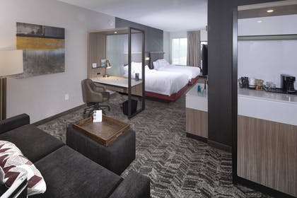 Guestroom | SpringHill Suites by Marriott Newark Downtown