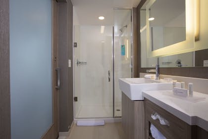 Bathroom | SpringHill Suites by Marriott Newark Downtown