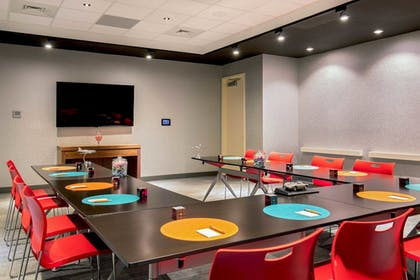 Meeting Facility | Aloft Alpharetta