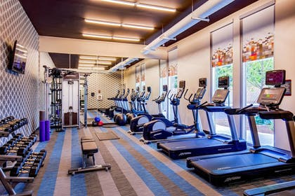 Sports Facility | Aloft Alpharetta