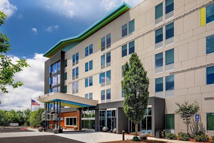 Featured Image | Aloft Alpharetta