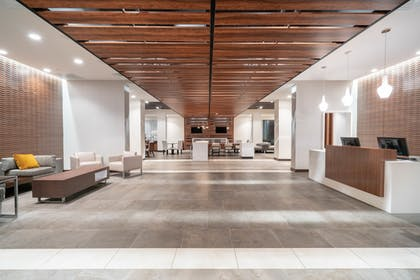 Lobby | Wingate by Wyndham Nashville Airport