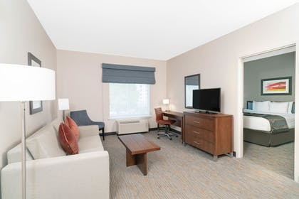Living Room | Wingate by Wyndham Nashville Airport