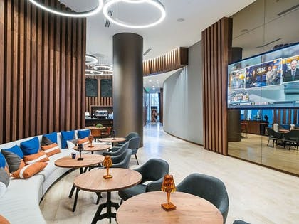 Lobby Lounge | Hide Beach Residences By Suite Vacays