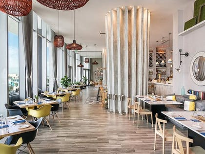 Restaurant | Hide Beach Residences By Suite Vacays