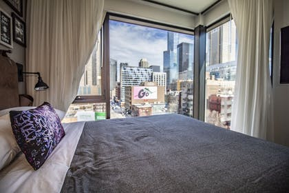 Guestroom View | Moxy Chicago Downtown