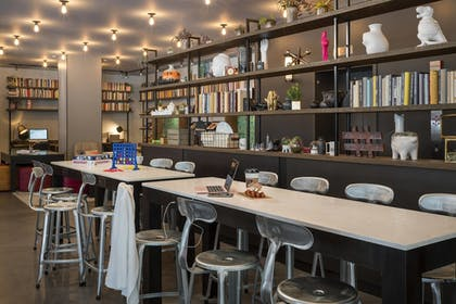 Miscellaneous | Moxy Chicago Downtown