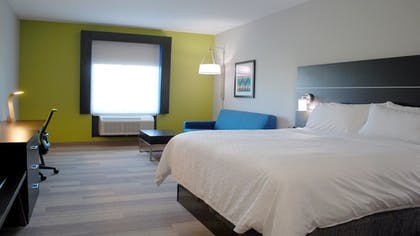 Guestroom   Holiday Inn Express and Suites White Hall