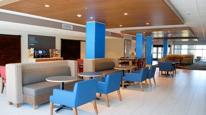 Restaurant   Holiday Inn Express and Suites White Hall