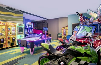 Arcade | SpringHill Suites by Marriott Orlando Theme Parks/Lake Buena Vista