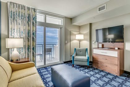Guestroom | South Bay Inn & Suites