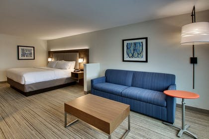 Guestroom | Holiday Inn Express & Suites Mt Sterling North