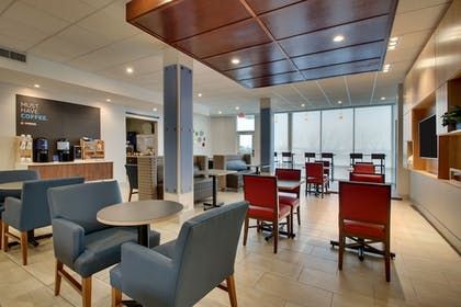 Restaurant | Holiday Inn Express & Suites Mt Sterling North