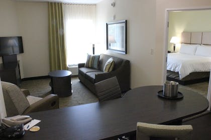 Guestroom | Candlewood Suites Valdosta Mall