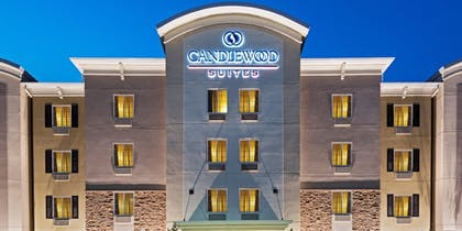 Hotel Front | Candlewood Suites Valdosta Mall