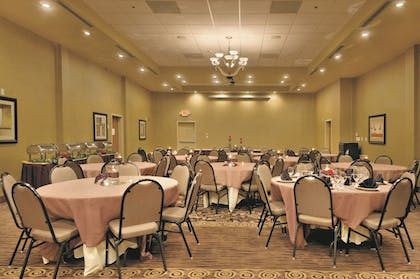 Meeting Facility | Holiday Inn & Suites Memphis Southeast-Germantown
