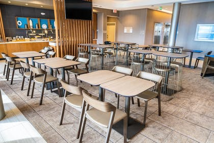 Dining | SpringHill Suites by Marriott Ontario Airport/Rancho Cucamonga