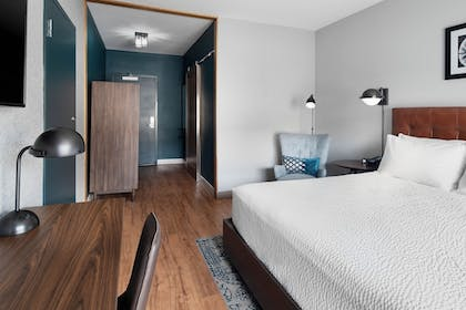 Guestroom | Four Points by Sheraton Oklahoma City Airport