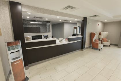 Lobby | Candlewood Suites McDonough
