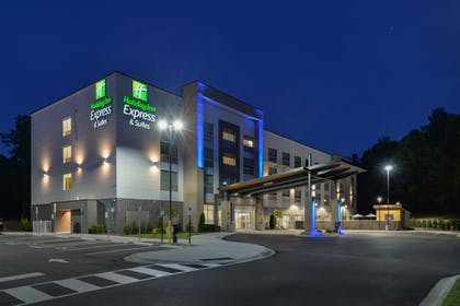 Exterior | Holiday Inn Express & Suites Charlotte - Ballantyne
