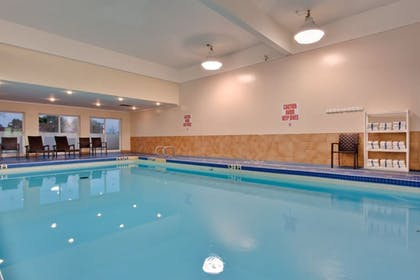 Pool | Holiday Inn & Suites Houston NW - Willowbrook