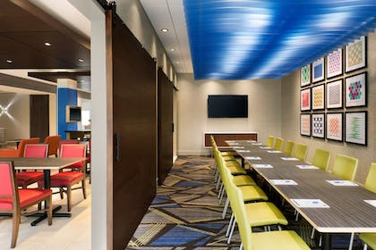 Meeting Facility   Holiday Inn Express & Suites Allen Park