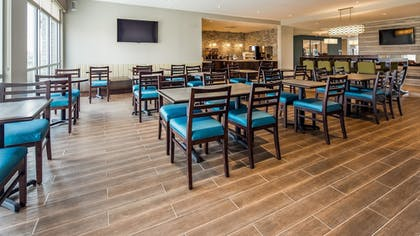 Breakfast Area | Best Western Plus Bolivar Hotel & Suites