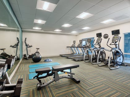 Fitness Facility | Holiday Inn Express & Suites Salem North - Keizer