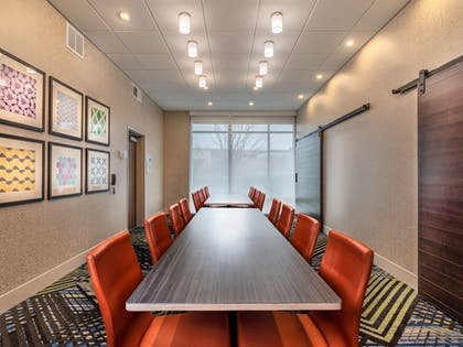 Meeting Facility | Holiday Inn Express & Suites Salem North - Keizer