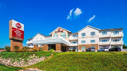 Featured Image   Best Western Plus Dutch Haus Inn and Suites