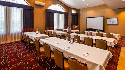 Meeting Facility   Best Western Plus Dutch Haus Inn and Suites