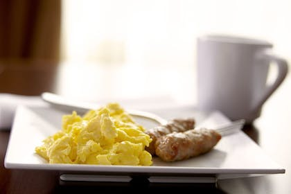 Food and Drink | Hyatt Place Warwick / Providence Airport