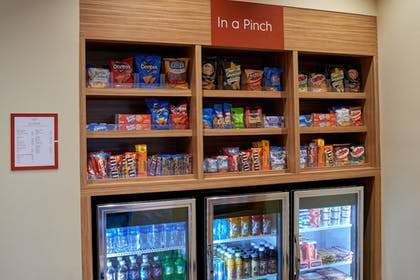 Snack Bar | TownePlace Suites by Marriott Cleveland Solon