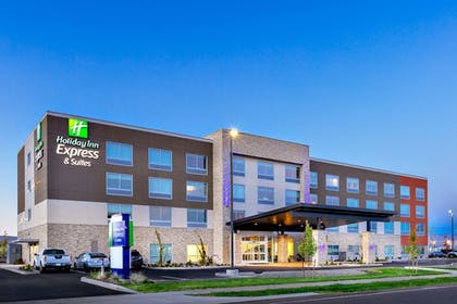 Featured Image   Holiday Inn Express and Suites Union Gap- Yakima Area