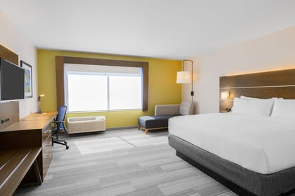 Guestroom   Holiday Inn Express and Suites Union Gap- Yakima Area