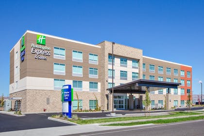 Exterior   Holiday Inn Express and Suites Union Gap- Yakima Area