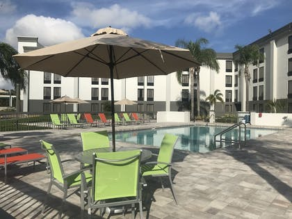 Outdoor Pool | Wingate by Wyndham Kissimmee Celebration