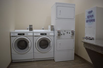Laundry Room | Texas Bungalows Hotel and Suites Austin