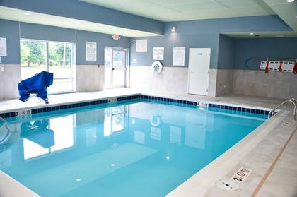 Pool   Holiday Inn Express & Suites Bensenville - O'Hare