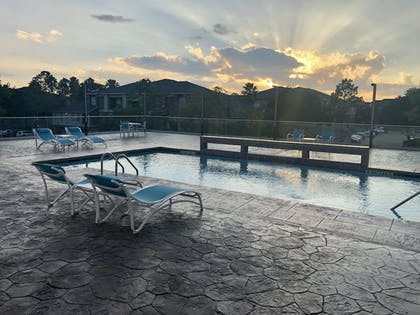 Outdoor Pool | Holiday Inn Express and Suites Houston Westchase - Westheimer