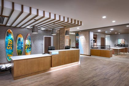 Lobby | TownePlace Suites by Marriott Los Angeles LAX/Hawthorne