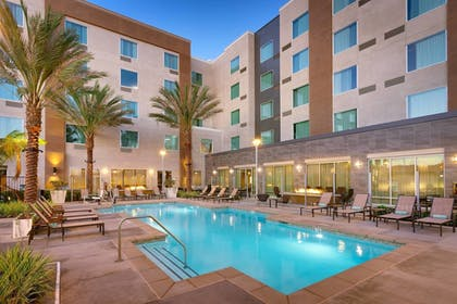 Sports Facility | TownePlace Suites by Marriott Los Angeles LAX/Hawthorne