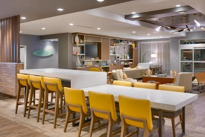 Lobby Lounge | TownePlace Suites by Marriott Los Angeles LAX/Hawthorne