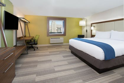 Guestroom | Holiday Inn Express and Suites West Memphis